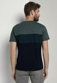 TOM TAILOR - T-Shirt print - stroke green - 2
