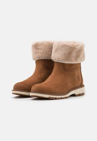 Timberland - LUCIA PULL ON WP - Winter boots - rust - 2