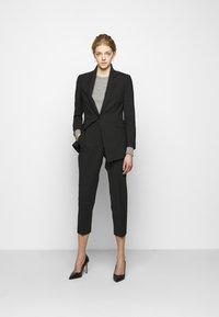 Theory - ETIENNETTE - Short coat - black - 1