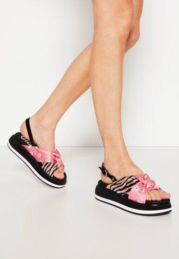 Platform sandals - multicolor