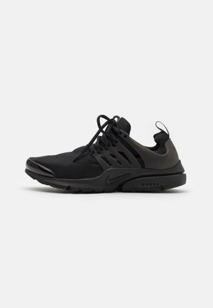 AIR PRESTO - Sneakersy niskie - black