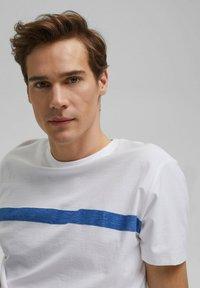 edc by Esprit - Print T-shirt - white - 3