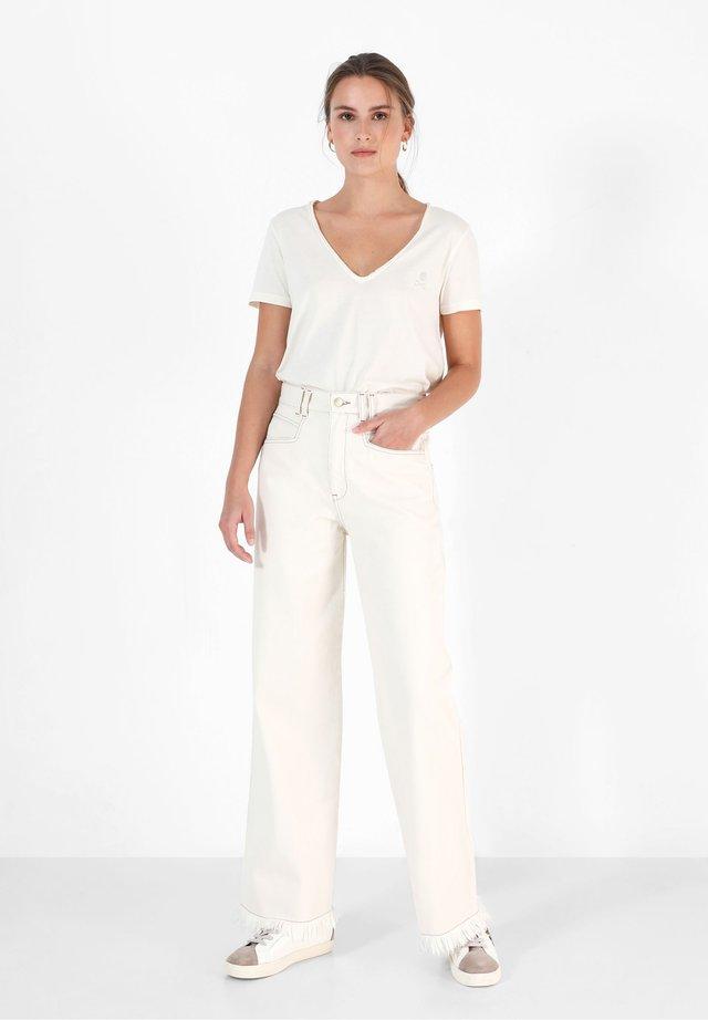 GABINY  - Jeans a zampa - ecru