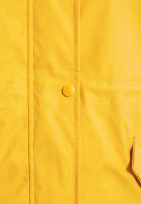 Vero Moda - VMSHADYLOA  - Parka - yolk yellow - 2