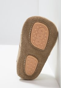 Bisgaard - PETIT HOME SHOE - Chaussons - gold - 5