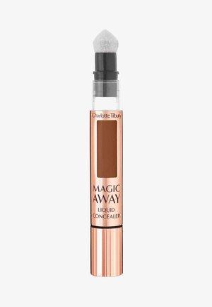 MAGIC AWAY LIQUID CONCEALER - Concealer - 15