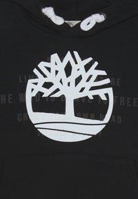Timberland - HOODED - Mikina skapucí - black - 2