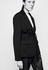 Proenza Schouler White Label - SUITING TIE WAIST - Blazer - black - 3