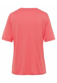 BRAX - STYLE COLETTE - Basic T-shirt - coral - 6
