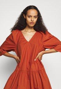 By Malene Birger - CYMARIA - Day dress - amber ale - 4