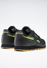 Reebok Classic - CLASSIC LEATHER SHOES - Sneakers laag - black - 2