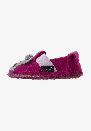 KOALA BABYS - Slippers - beere