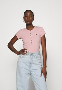 Abercrombie & Fitch - HENLEY - Basic T-shirt - pink - 0