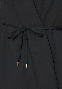 P.E Nation - TIE BREAK JACKET - Training jacket - black - 6
