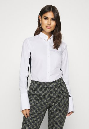 MONICA - Button-down blouse - weiß/blau