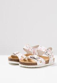 Primigi - Sandals - bianco/rosa - 3