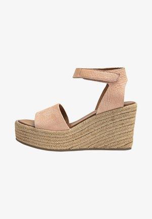 High heeled sandals - nb blush ubh