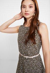 comma - Day dress - khaki - 3