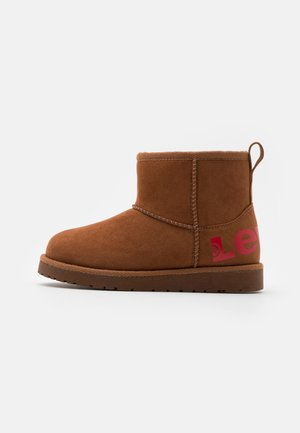 WAVE MID - Winter boots - cognac