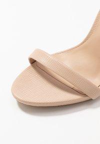 ALDO - CARAA - Korolliset sandaalit - bone - 2