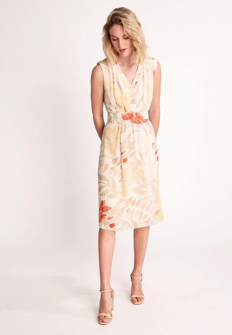 comma - Day dress - coral leaf