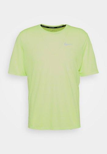 MILER  - Basic T-shirt - ghost green/reflective silver