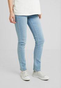 Esprit Maternity - PANTS SLIM - Slim fit jeans - lightwash - 0