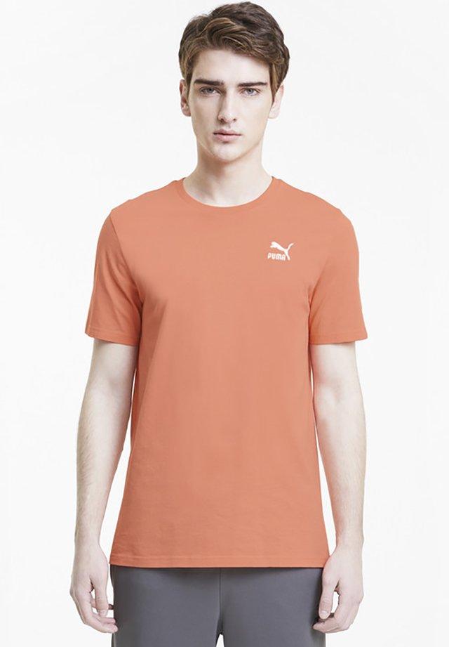 CLASSICS  - Basic T-shirt - fusion coral