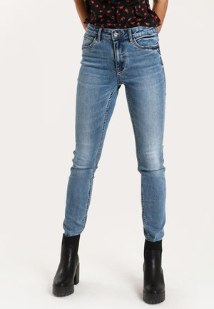 PUSH UP - Slim fit jeans - denim blue