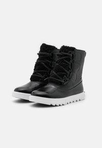 Sorel - JOAN OF ARCTIC NEXT LITE - Snowboots  - black - 2
