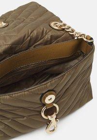 Rebecca Minkoff - EDIE XBODY - Across body bag - military - 2