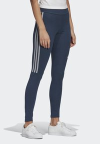 adidas Originals - TIGHTS - Leggings - Trousers - crew navy/white - 2