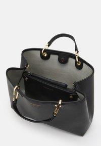 Emporio Armani - CAPSULE MYEABORSA SET - Handbag - nero/silver-coloured - 3