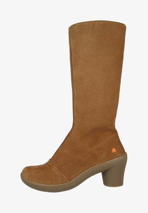 Boots - wood