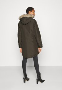 Vero Moda Tall - VMEXPEDITIONTRACK - Winter coat - peat - 2
