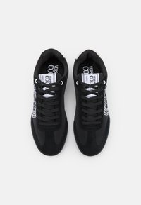 Versace Jeans Couture - SPINNER - Trainers - nero - 3