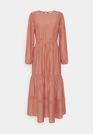 LARA DRESS - Denní šaty - dusky rose