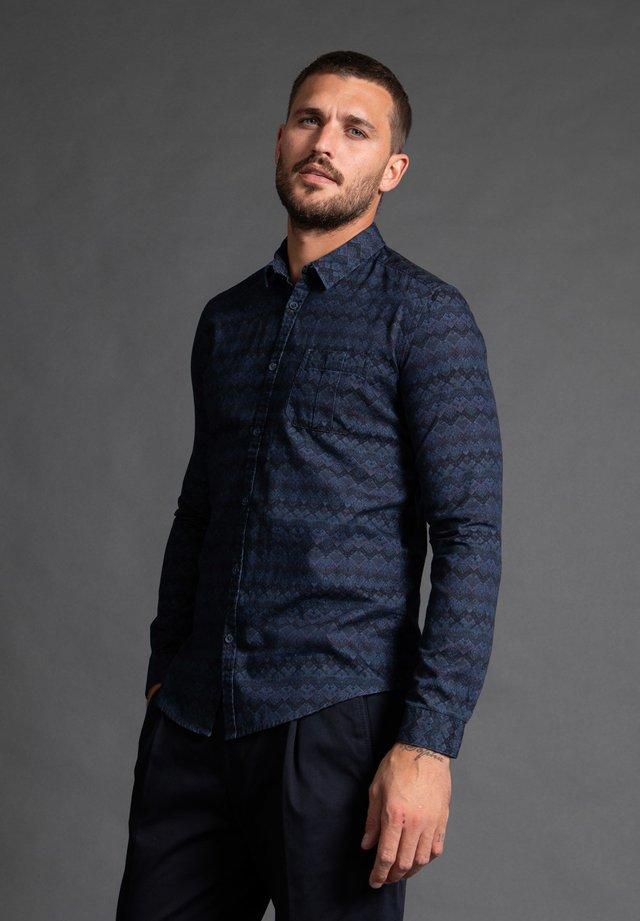 Shirt - 580
