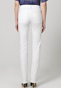 MAC Jeans - DREAM - Straight leg jeans - weiß - 1