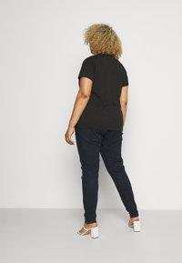 Wrangler Plus - Skinny džíny - summer rinse - 2