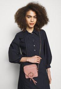 See by Chloé - JOAN Joan camera bag - Across body bag - dawn rose - 1