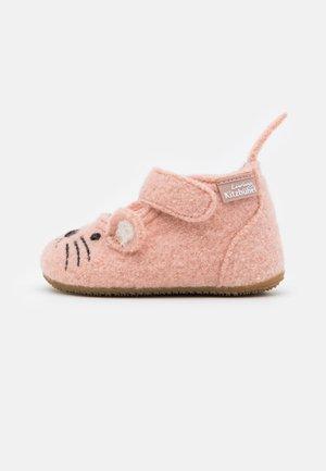 MÄUSCHEN - First shoes - rose cloud