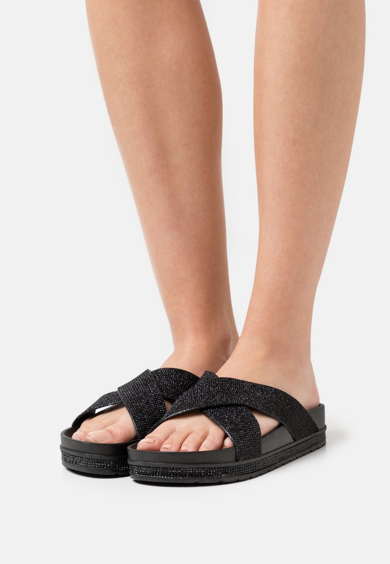 Laura Biagiotti - Pantofle - black