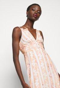 Hope & Ivy Tall - Maxi šaty - offwhite/orange - 3