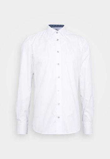 JAKE - Formal shirt - white