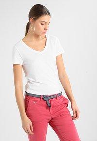 GAP - T-shirt basic - white - 0