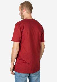 Cleptomanicx - Basic T-shirt - red - 1