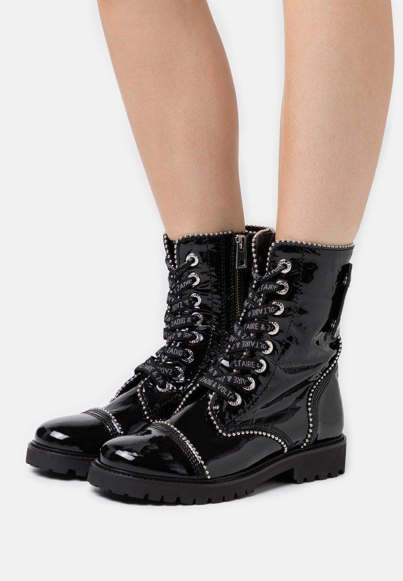 Zadig & Voltaire - JOE WRINKLE  - Lace-up ankle boots - noir