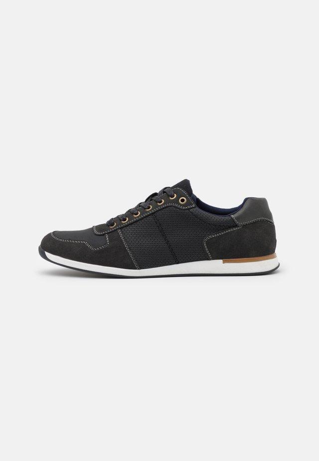 VEGAN BENEDICT - Sneakers basse - black