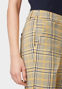 TOM TAILOR - MIA - Trousers - black yellow small check - 4
